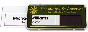 Reusable plastic name badges - Clear border and green / brushed gold background | www.namebadgesinternational.co.uk